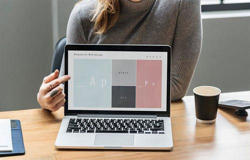 简单的界面才是最好的外贸营销型网站建设设计